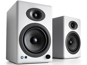 Audioengine 5+ Wireless Powered Speakers (pair) - Gloss White